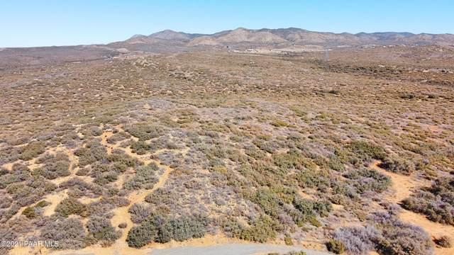 15950 E Devon Mont Lane, Dewey-Humboldt, AZ 86327 (#1036369) :: Prescott Premier Homes | Coldwell Banker Global Luxury