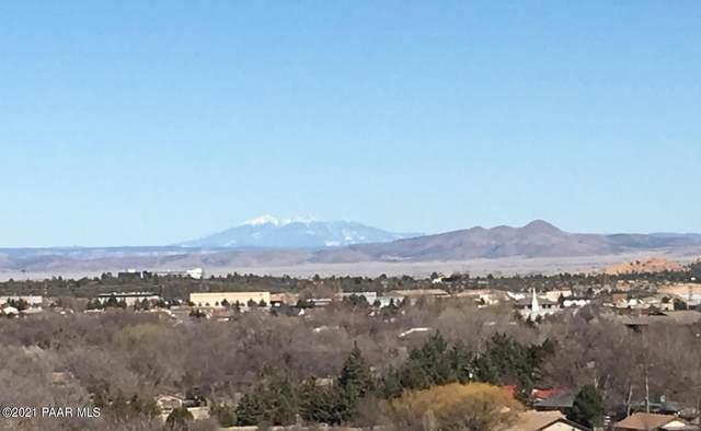 2880 Lake View Lane, Prescott, AZ 86305 (#1036506) :: Shelly Watne