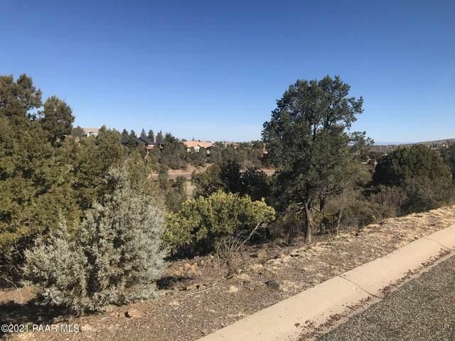 376 Fox Hollow Circle, Prescott, AZ 86303 (#1036636) :: Shelly Watne
