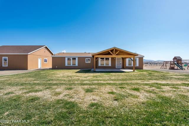 7401 E Prairie Lane, Prescott Valley, AZ 86315 (#1036731) :: Shelly Watne
