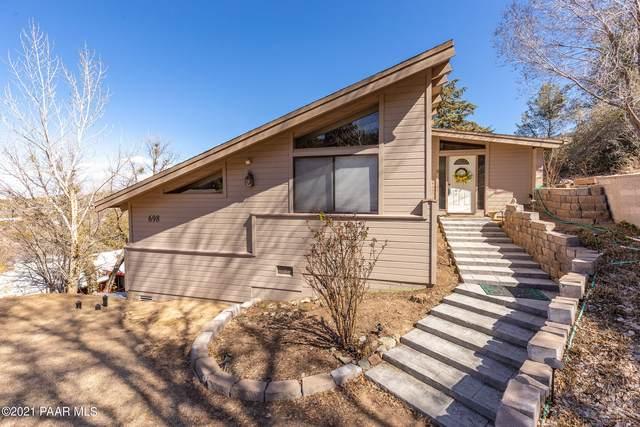 698 E Robinson Drive, Prescott, AZ 86303 (#1036924) :: Shelly Watne
