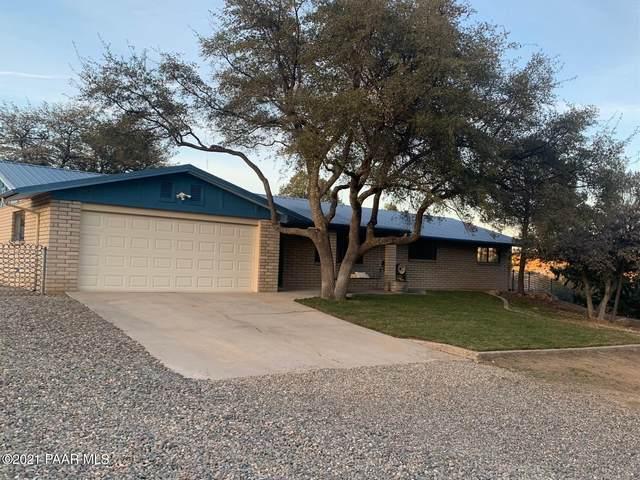 990 Garland Drive, Prescott, AZ 86305 (#1036962) :: Shelly Watne