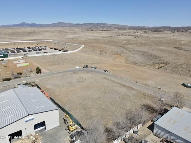 00 S Henrickson, Dewey-Humboldt, AZ 86327 (MLS #1036968) :: Conway Real Estate