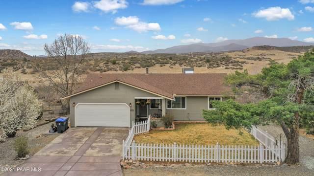 1060 N Arrowhead Lane, Dewey-Humboldt, AZ 86327 (#1037142) :: Shelly Watne