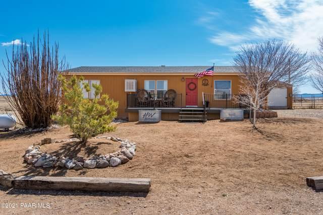 8175 E Dog Ranch Road, Prescott Valley, AZ 86315 (#1037155) :: Shelly Watne