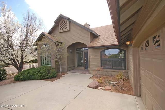 1638 Cedarwood Drive, Prescott, AZ 86301 (#1037272) :: Shelly Watne