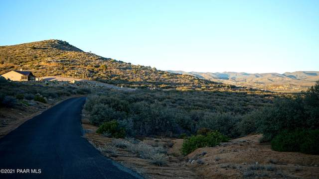 775 S Grant Woods Parkway, Dewey-Humboldt, AZ 86327 (MLS #1037299) :: Conway Real Estate