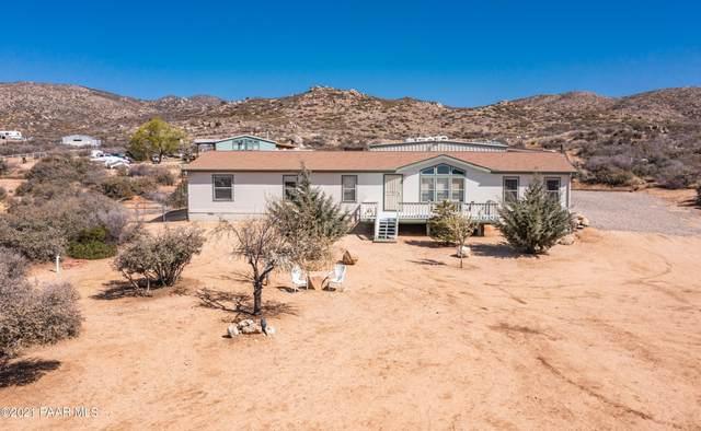 1855 N Dynamite Way, Dewey-Humboldt, AZ 86327 (#1037445) :: Shelly Watne