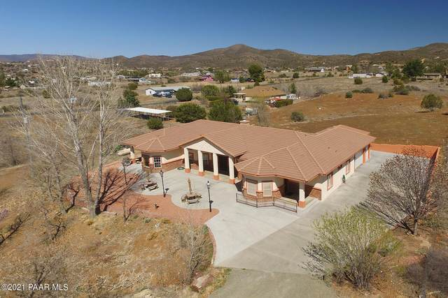 2795 S Sleepy Acre Lane, Dewey-Humboldt, AZ 86327 (#1037475) :: Shelly Watne
