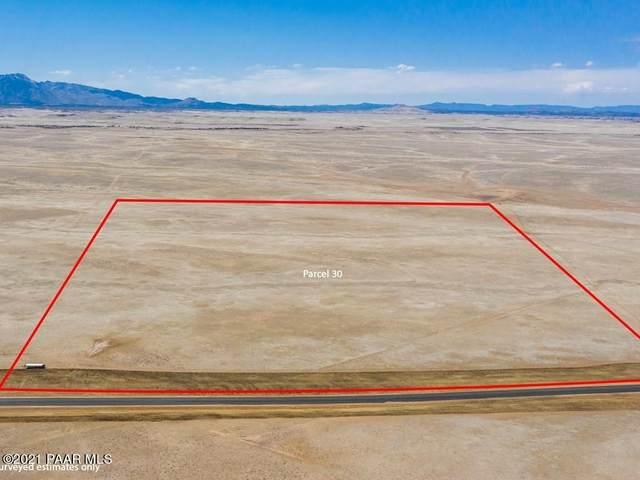 Parcel 30 Copperfield, Prescott Valley, AZ 86315 (#1037483) :: Shelly Watne