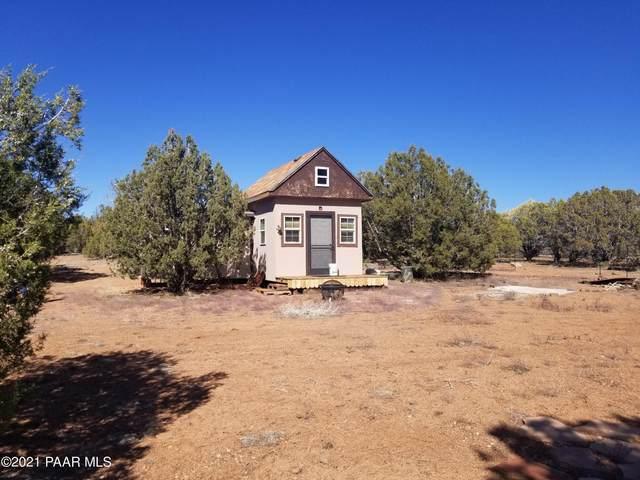 205 Robles, Ash Fork, AZ 86320 (#1037534) :: Shelly Watne