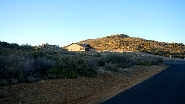 0000 S Grant Woods Parkway, Dewey-Humboldt, AZ 86327 (MLS #1037535) :: Conway Real Estate