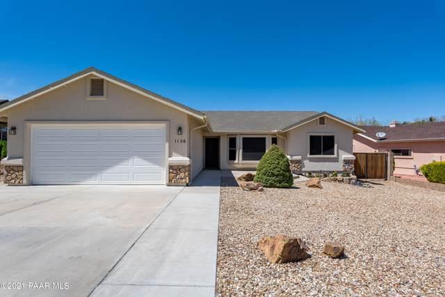 1136 N Prescott Country Club Boulevard, Dewey-Humboldt, AZ 86327 (#1037548) :: Shelly Watne