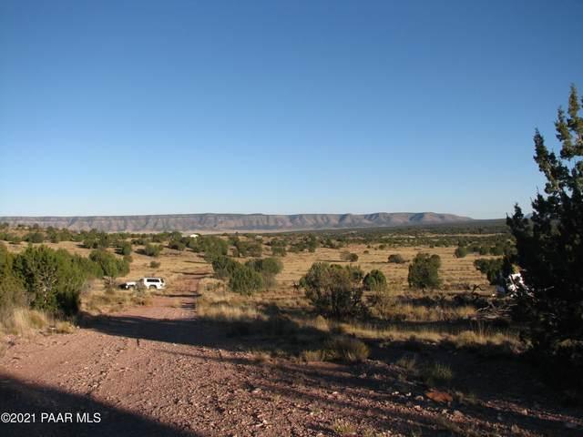 34806 Pipestone Loop, Seligman, AZ 86337 (#1037660) :: Prescott Premier Homes | Coldwell Banker Global Luxury
