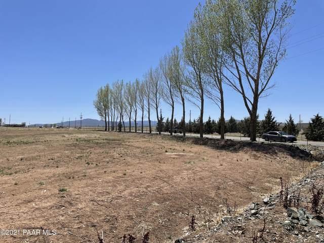 7325 N Coyote Springs Road, Prescott Valley, AZ 86315 (MLS #1037971) :: Conway Real Estate
