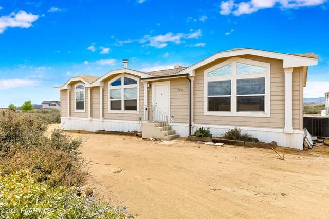 17055 E Archer Lane, Dewey-Humboldt, AZ 86327 (MLS #1038077) :: Conway Real Estate