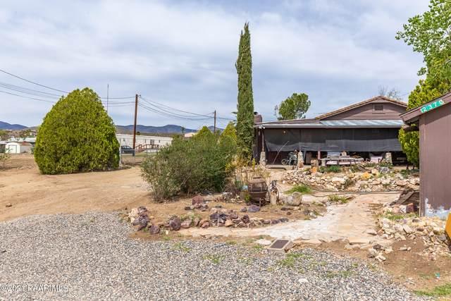 2370 S Edds Sand Trail, Dewey-Humboldt, AZ 86329 (#1038258) :: Shelly Watne