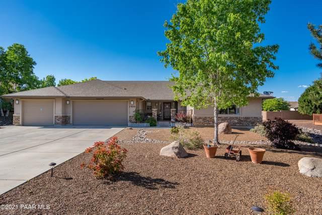 7920 E Lost Horse Circle, Prescott Valley, AZ 86315 (MLS #1038358) :: Conway Real Estate