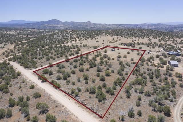 1 Heavenly Rain Trail, Paulden, AZ 86334 (#1038462) :: Shelly Watne
