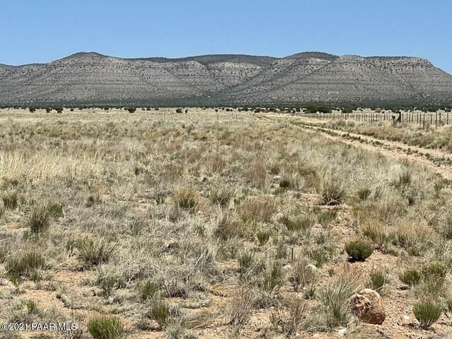 303 04-071D, Paulden, AZ 86334 (#1038632) :: Prescott Premier Homes | Coldwell Banker Global Luxury