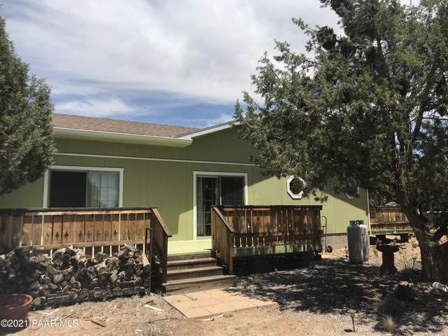 37526 W Howling Coyote Road, Seligman, AZ 86337 (MLS #1038780) :: Conway Real Estate