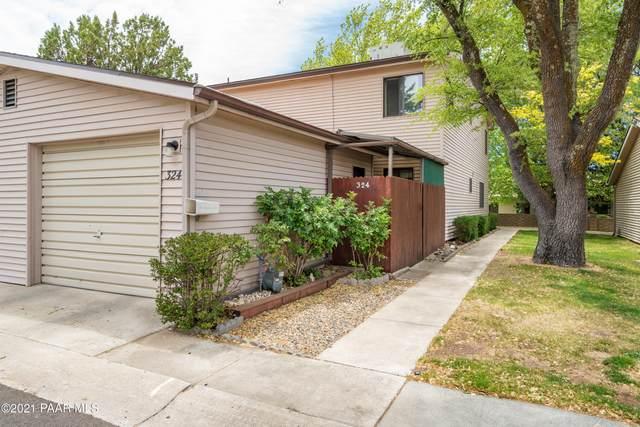324 Rim Rock Circle #2, Prescott, AZ 86303 (#1038804) :: Prescott Premier Homes   Coldwell Banker Global Luxury