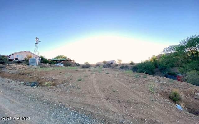 2585 S Parker Street, Dewey-Humboldt, AZ 86327 (MLS #1038860) :: Conway Real Estate