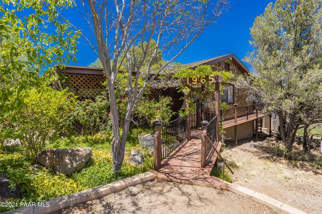 1965 Buena Vista Trail, Prescott, AZ 86305 (#1038965) :: Shelly Watne