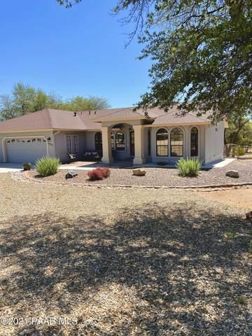 8835 N Valley Oak Drive, Prescott, AZ 86305 (MLS #1039402) :: Conway Real Estate