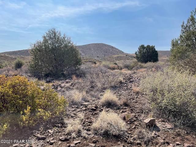 3165 Rancho Place, Dewey-Humboldt, AZ 86327 (#1039486) :: Shelly Watne