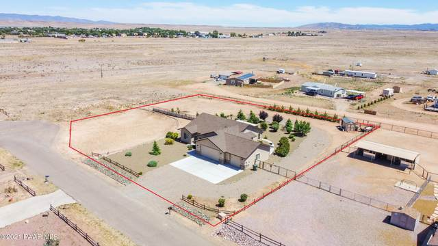 827 Rocking Horse Lane, Chino Valley, AZ 86323 (#1039504) :: Shelly Watne