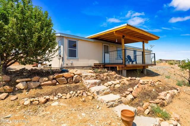 10279 E Powerline Road, Dewey-Humboldt, AZ 86327 (#1039564) :: Shelly Watne