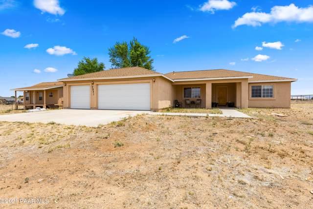 7575 E Victory Lane, Prescott Valley, AZ 86315 (#1039575) :: Shelly Watne
