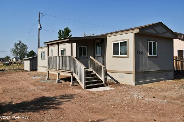 225 Granada Drive, Paulden, AZ 86334 (#1039673) :: Shelly Watne