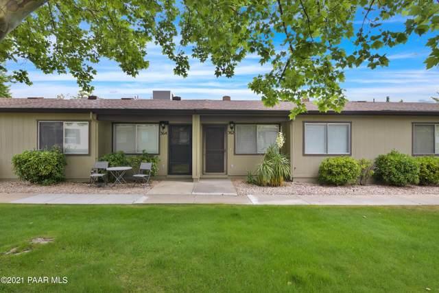 362 Country Club Circle, Prescott, AZ 86303 (#1039740) :: Prescott Premier Homes   Coldwell Banker Global Luxury
