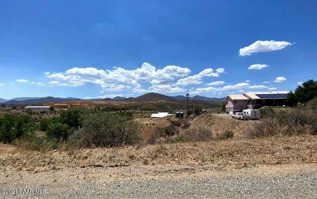 2596 S Colina Lane, Dewey-Humboldt, AZ 86329 (MLS #1040217) :: Conway Real Estate