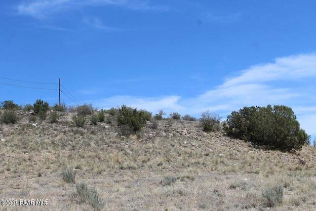 166 E Alpine Drive, Paulden, AZ 86334 (MLS #1040324) :: Conway Real Estate