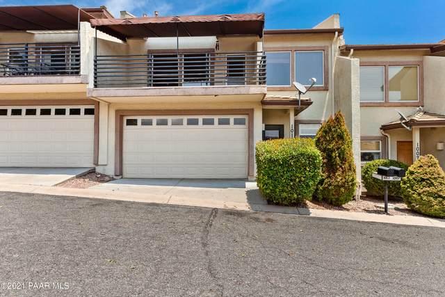 1013 N Fairway Drive, Dewey-Humboldt, AZ 86327 (#1040446) :: Shelly Watne
