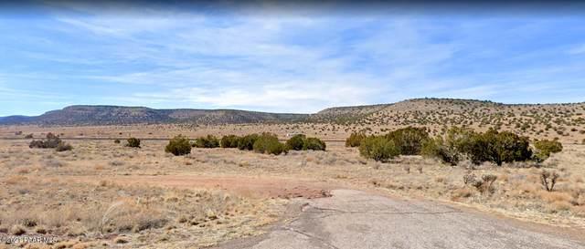 55417 N Exeter Lane, Seligman, AZ 86337 (#1040482) :: Prescott Premier Homes | Coldwell Banker Global Luxury