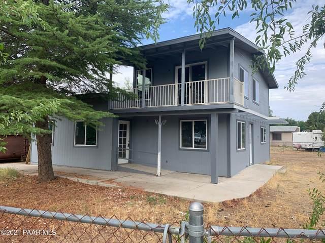 18556 S Peeples Valley Road, Peeples Valley, AZ 86332 (#1040519) :: Prescott Premier Homes   Coldwell Banker Global Luxury