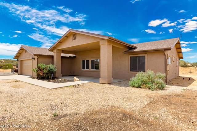 530 N Old Coach Trail, Dewey-Humboldt, AZ 86327 (#1040607) :: Shelly Watne