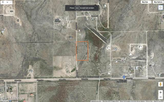 26675 N Sun Hawk Road, Paulden, AZ 86334 (#1040611) :: Prescott Premier Homes   Coldwell Banker Global Luxury