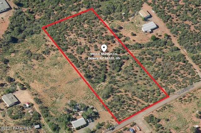 9455 E Marilyn Lane, Dewey-Humboldt, AZ 86327 (#1040618) :: Shelly Watne