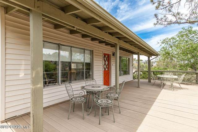 905 Country Park Drive, Prescott, AZ 86305 (#1040676) :: Shelly Watne