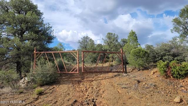Lot 135 A Cattle Barron, Kirkland, AZ 86332 (MLS #1040800) :: Conway Real Estate