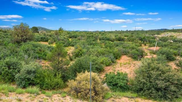 6319 E Slow Cattle Drive, Prescott Valley, AZ 86314 (#1041298) :: Shelly Watne