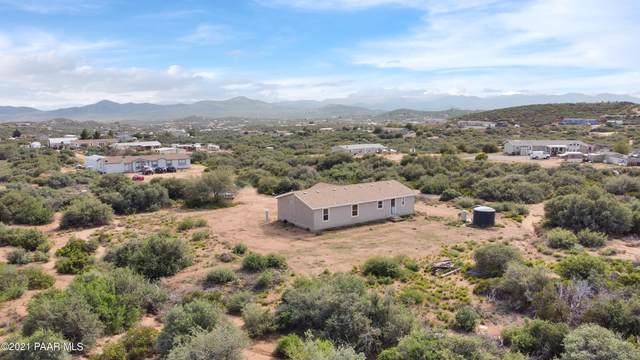 17940 E Quiet Valley Drive, Dewey-Humboldt, AZ 86327 (#1041299) :: Shelly Watne