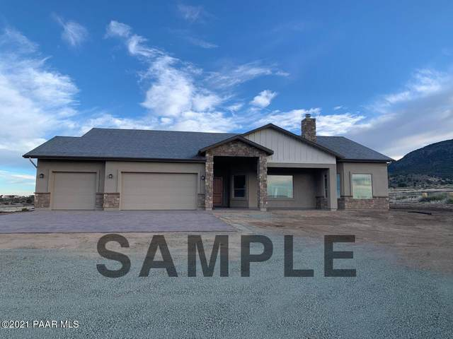 9335 Legend Hills Road, Prescott Valley, AZ 86315 (#1041431) :: Shelly Watne
