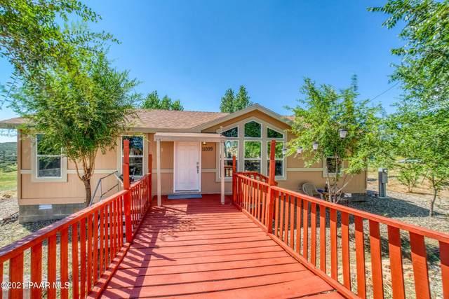11095 E E Henderson Road, Dewey-Humboldt, AZ 86327 (#1041615) :: Shelly Watne