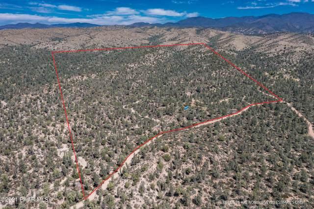 3520 W Corner Run Road, Wagoner, AZ 86332 (#1041653) :: Shelly Watne